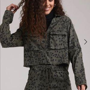 Bella Dahl 🆕 Crop Military Jacket- Olive Leopard